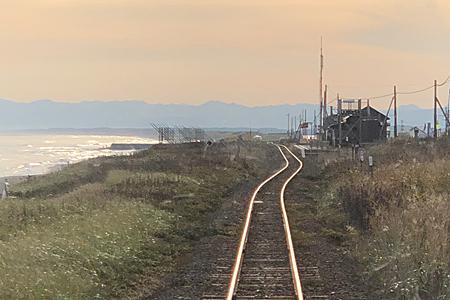 北浜駅と線路