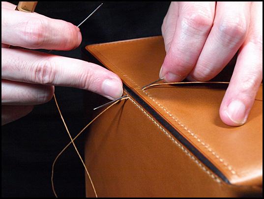胴版と襠を縫い合わせ3