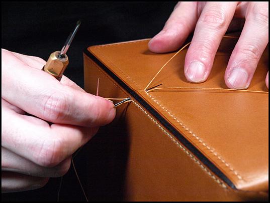 胴版と襠を縫い合わせ4