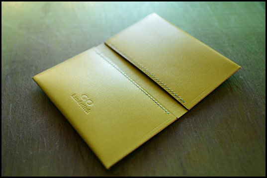 薄型2つ折りカードケース 01