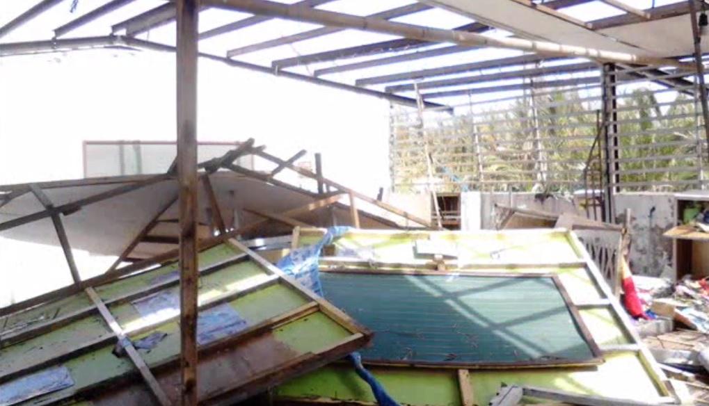damaged school2