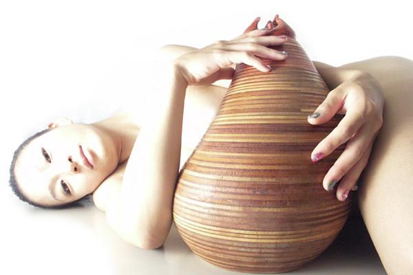 ヌード彫刻家MOCO
