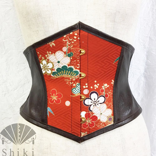 Shiki 梅文様の着物コルセット.jpg