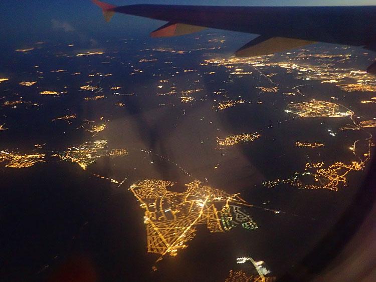 パリからカサブランカへの夜間飛行