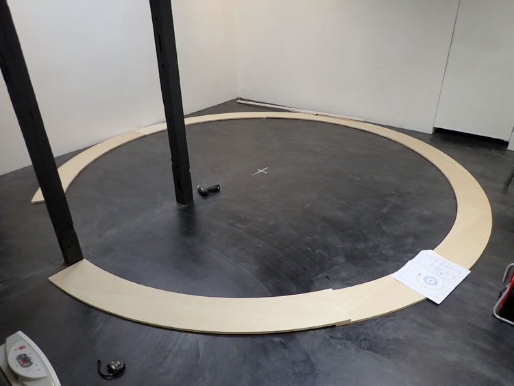 円形カウンター