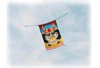 空に揚がる凧