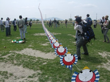 すずめの連凧
