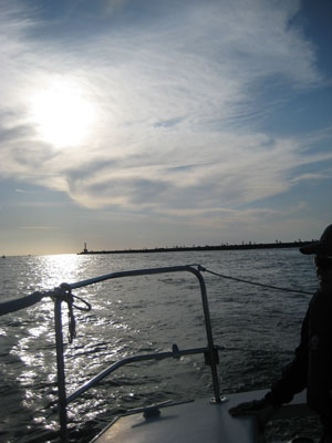 ヨット逆光