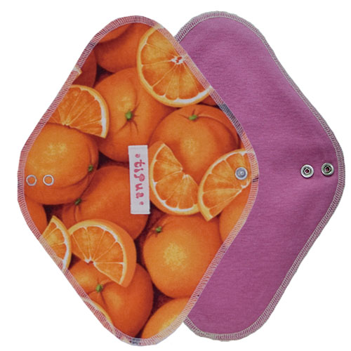 オレンジ柄の布ナプキン