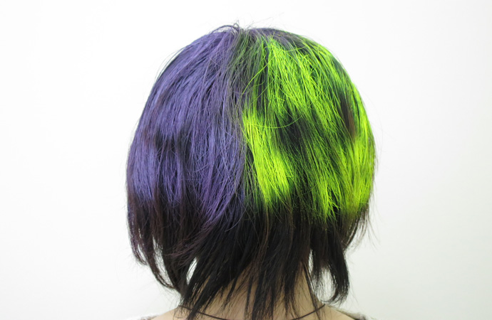 スターゲイザーヘアーカラースプレー 黒髪 で 検証