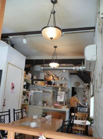 オフィス街のカフェ