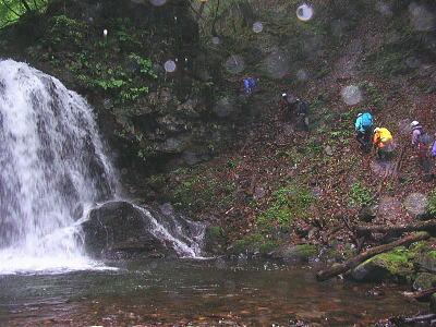 精錬場の滝