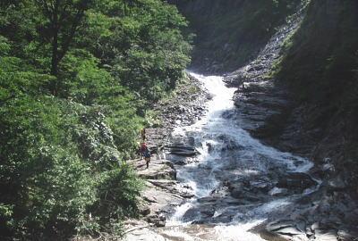 ハナゲの滝