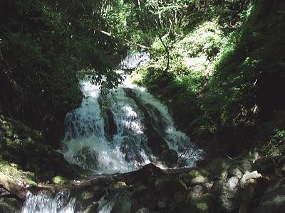 綺麗なナメ滝