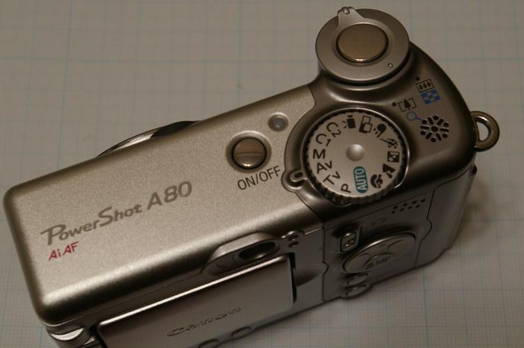 上から Canon Powreshot A80