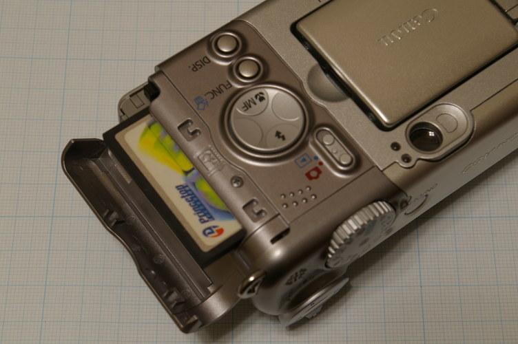 Canon Powreshot A80 カード