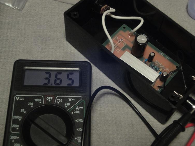 可変電圧電源中身