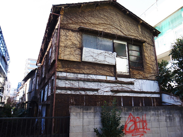 160114 トタン(3) 東京都品川区東品川 Ricoh GRD3
