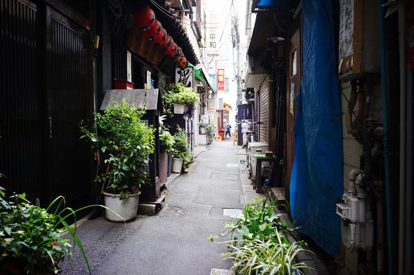 160423 路地(2) 東京都杉並区高円寺北 Sony NEX5R Biogon21/2.8