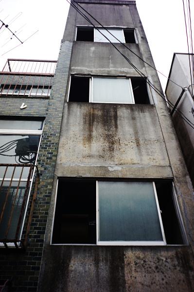 160423 ウィンドウ(1) 東京都杉並区高円寺北 Sony NEX5R Biogon21/2.8