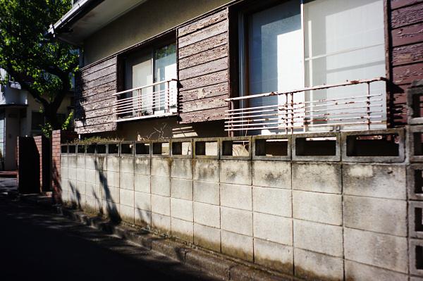 160504 塀(2) 東京都中野区若宮 Sony NEX5R Biogon21/2.8