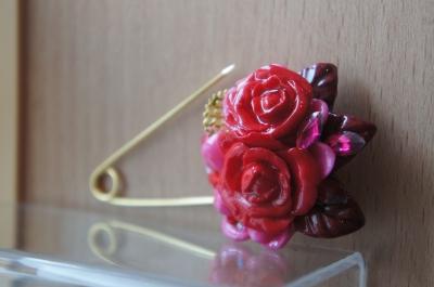 手作り 樹脂ブローチ バラ