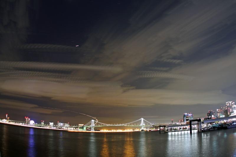 レインボーブリッジの夜景・比較明