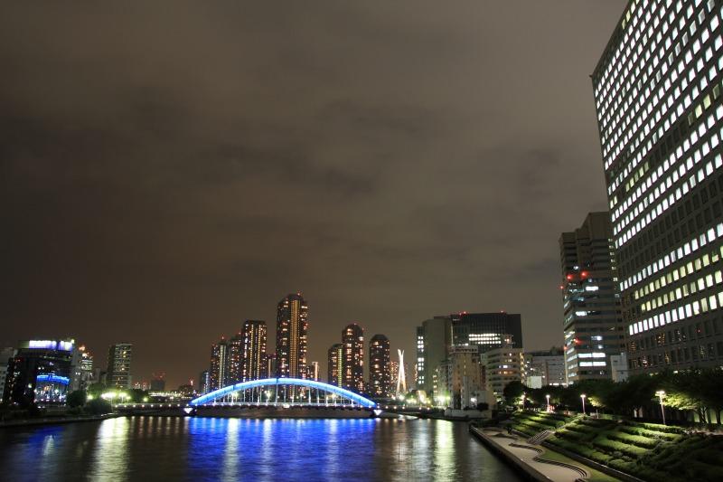 永代橋とリバーシティの夜景3