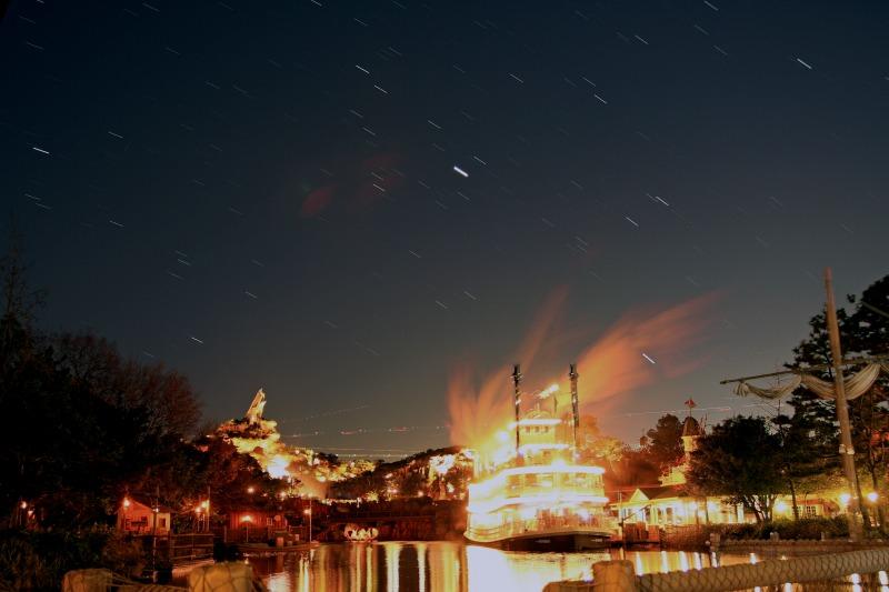 マークトウェン号と星空