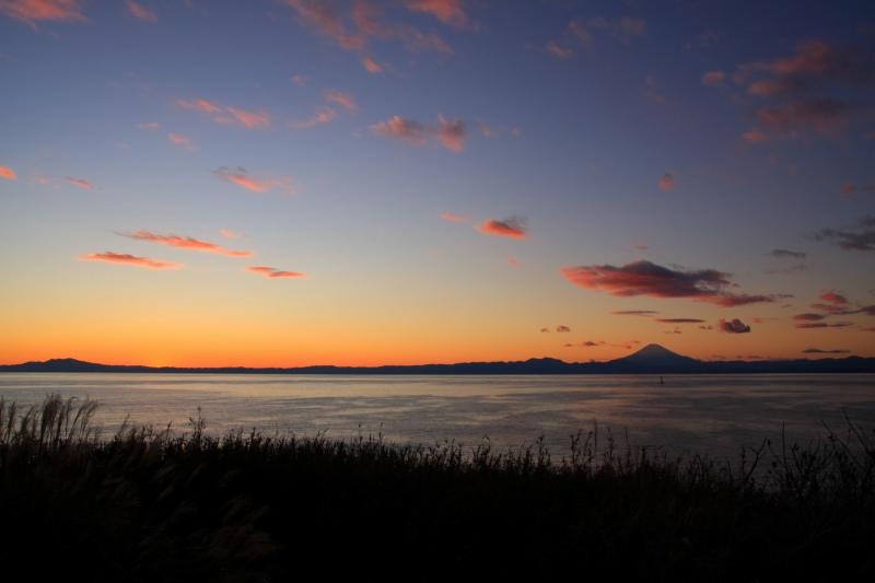 日没直後・荒崎公園から見た相模湾