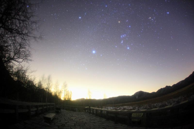 日光戦場ヶ原と冬の星座たち