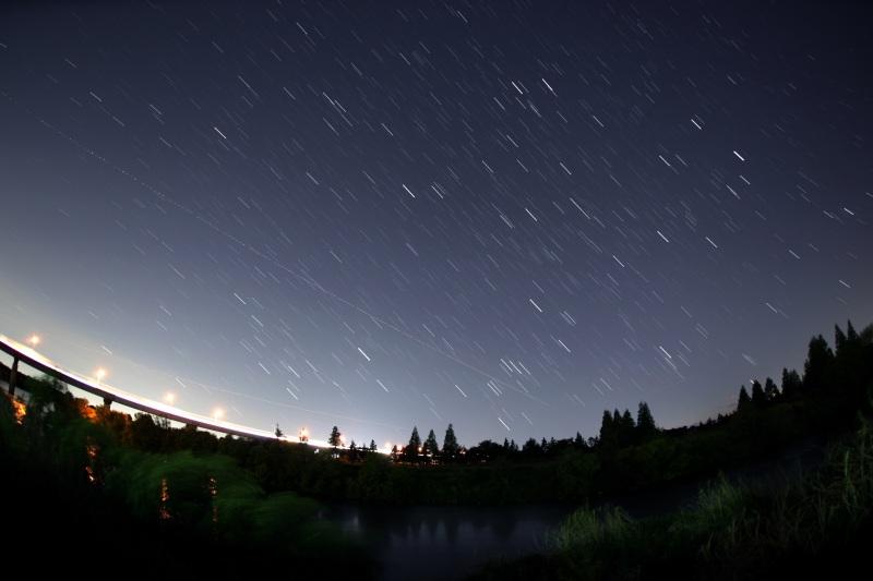 沈む冬の星座 比較明