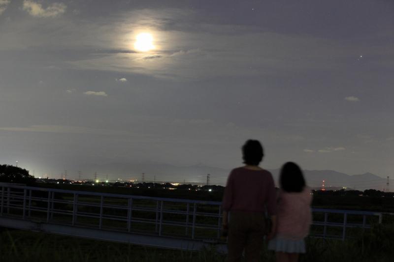 お月様、またね