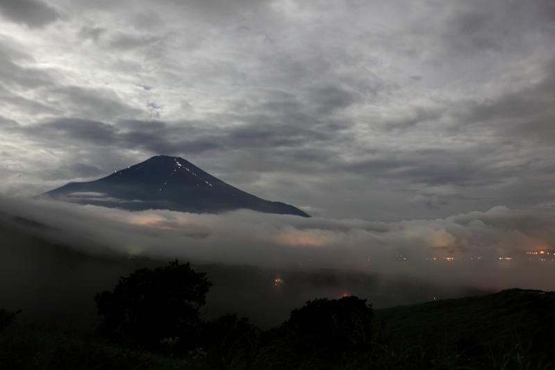 月光と富士山1