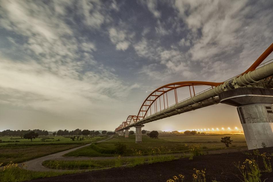 荒川水道管と星空