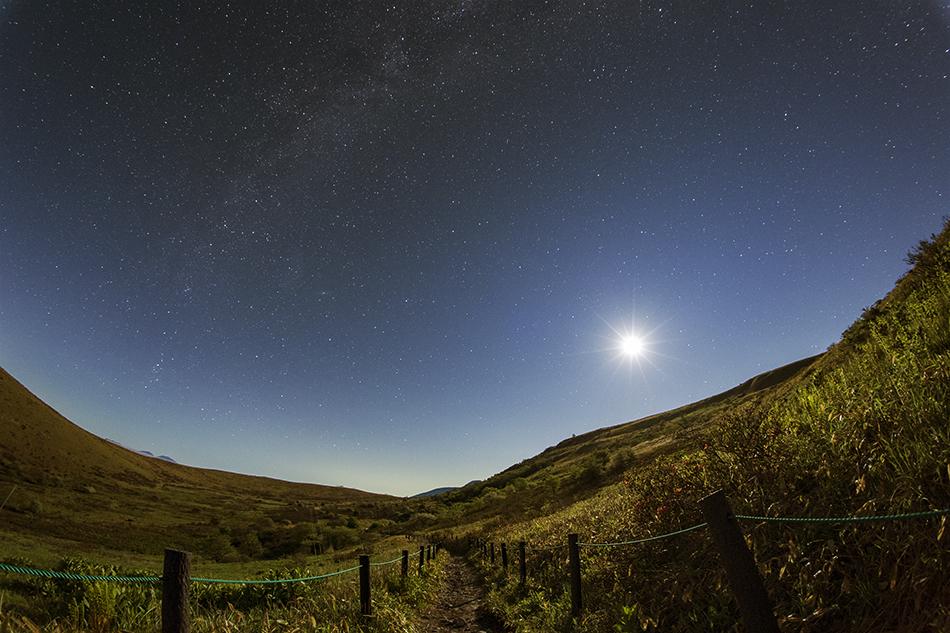 月と秋の星