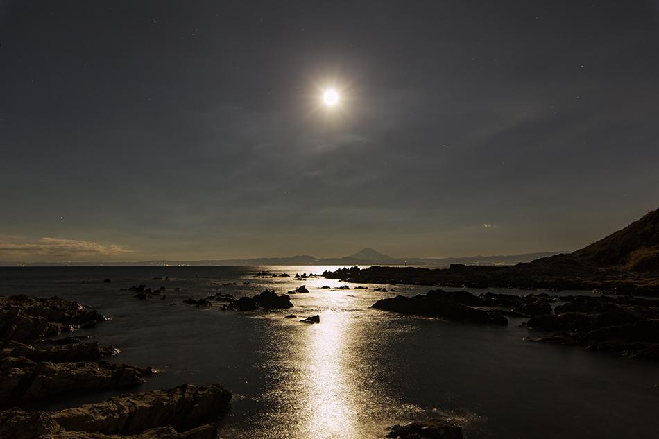荒崎海岸のスーパームーン