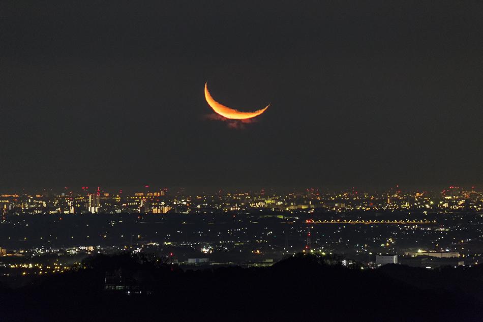 600mm望遠で撮る夜景と月