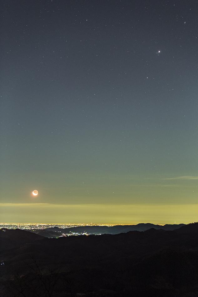 夜景と木星・火星・月
