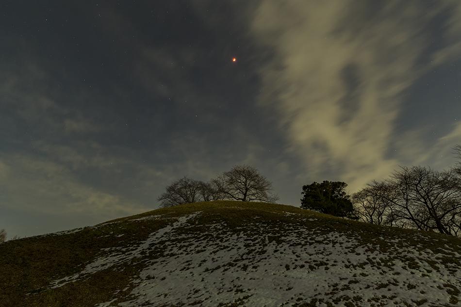 皆既月食と丸墓山古墳