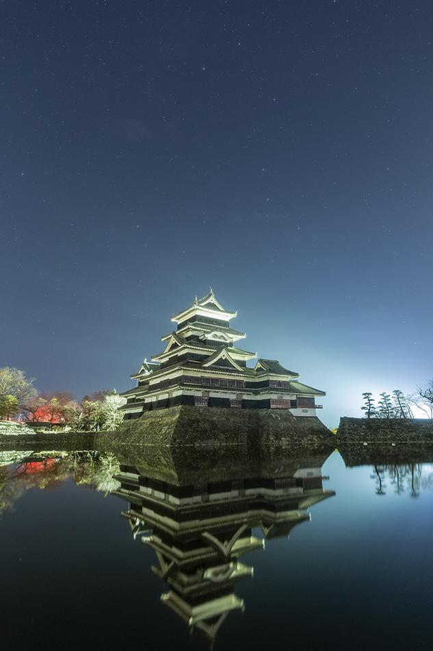 松本城と北斗七星