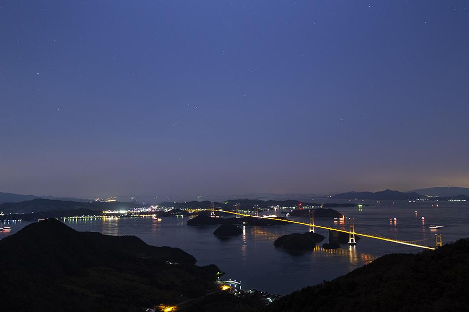 来島海峡大橋と沈むオリオン座