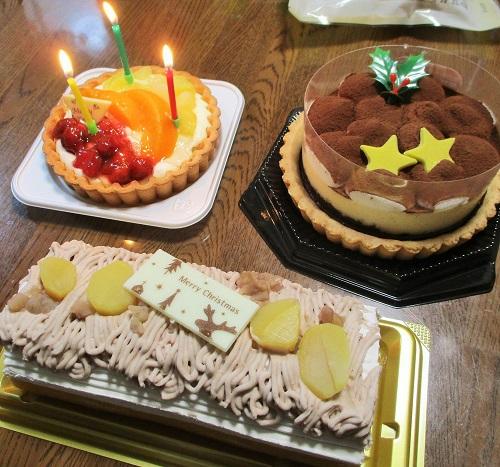 そして… クリスマスなのでケーキ。