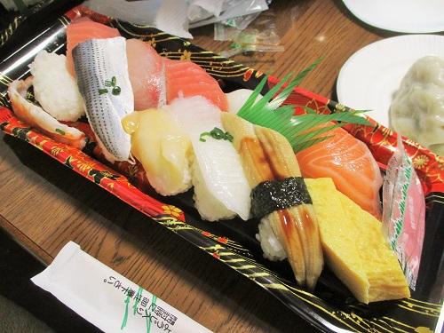 お寿司 ビッグヨーサンで購入。