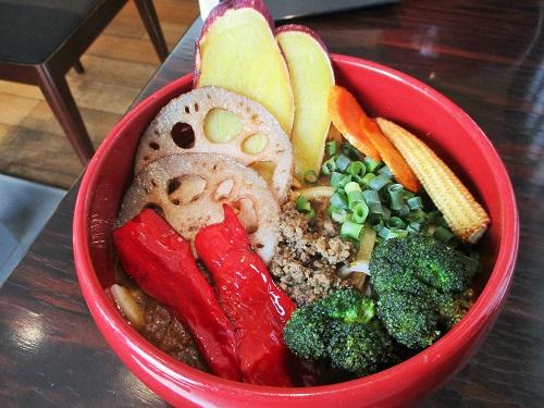 伊香保温泉 游喜庵(ゆうきあん)スパイシーマサラ 野菜