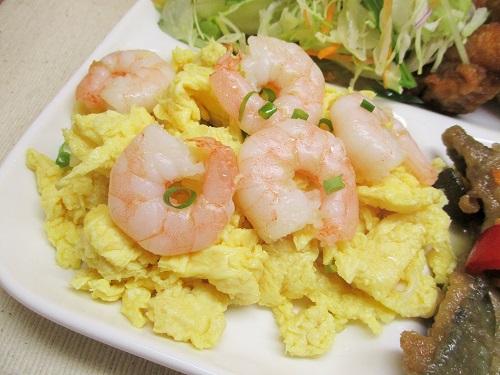 菊華飲茶館 海老と卵の炒め BIG POWERで購入。