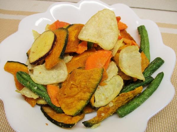 クリエイト管理栄養士監修 毎日食べたい 野菜チップス 75g