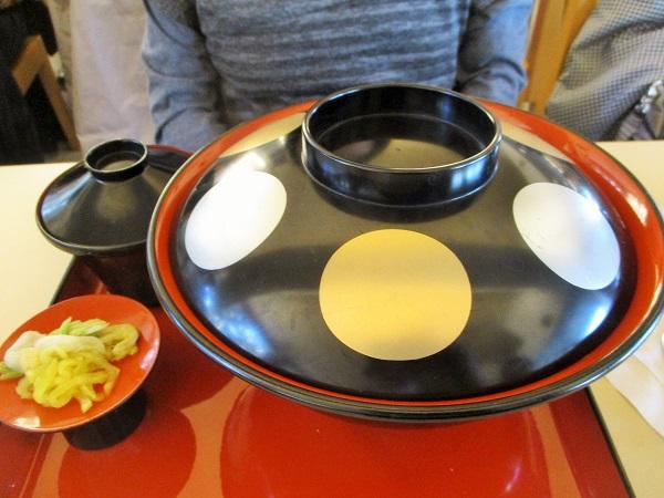 国産若鶏の米麹糖蜜照り焼き大名丼 980円(税込)