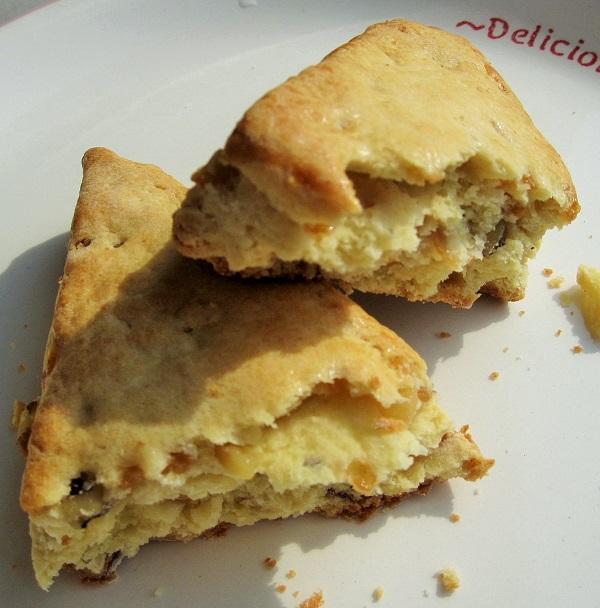 サンクス おいしいパン生活 メープルナッツ スコーン