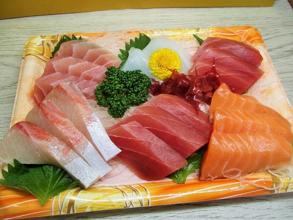 SEIYU 海鮮盛6盛 860円(税込)